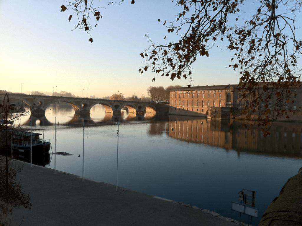 Le Pont-Neuf et l'Hôtel-Dieu sur la Garonne